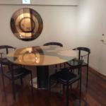 ピアノホール 丸テーブル席